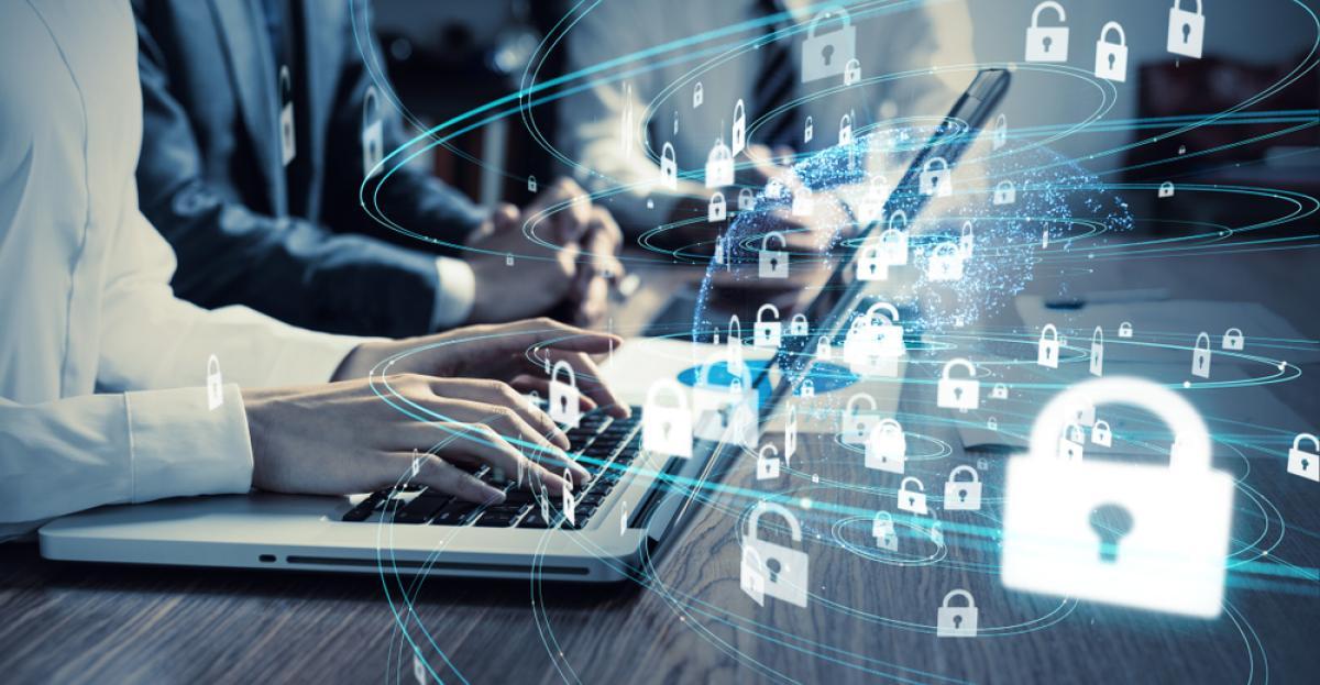 Infográfico: Qual a importância de investir em segurança digital?